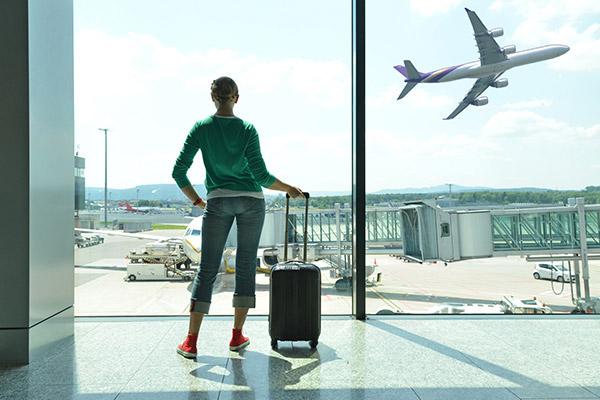 Airport-travellar
