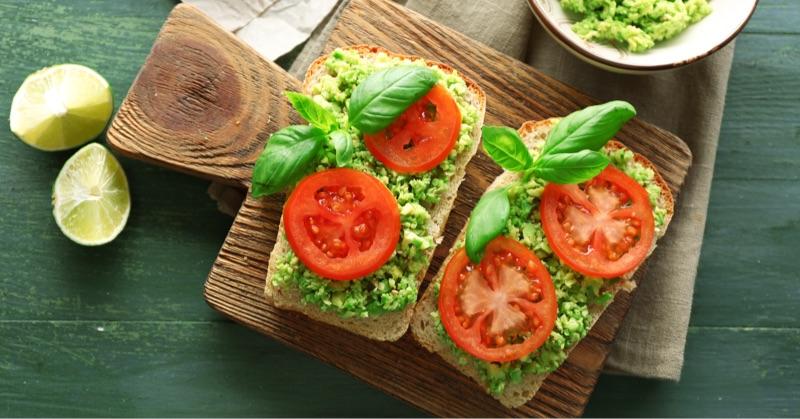 tomato-avocado@800px